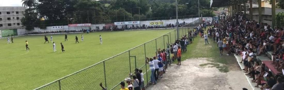 Copa Itatiaia começa com muitos gols